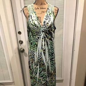 Beautiful maxi dress with back weave